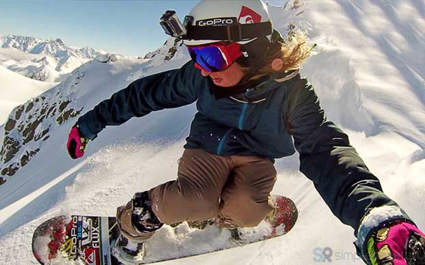GoPro HD Hero 3 на шлеме сноубордиста
